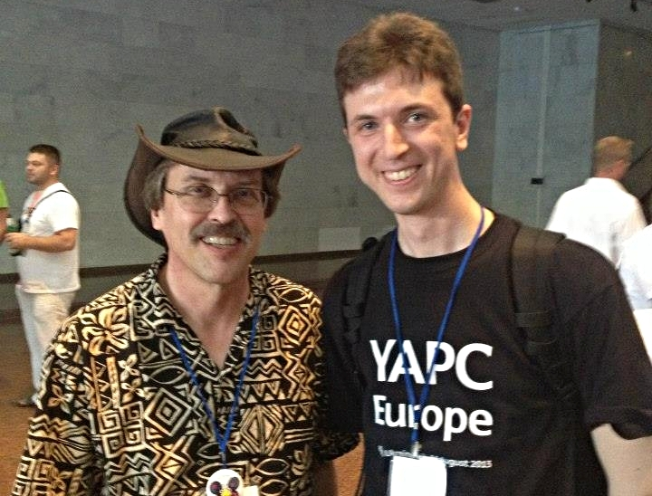 Nestoria developer Savio meets Larry Wall, creator of Perl